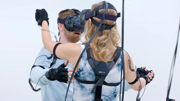 VR dating